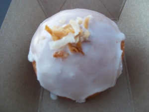 Thai Chili Cocounut Donut - Two Second Street - www.twosecondstreet.com