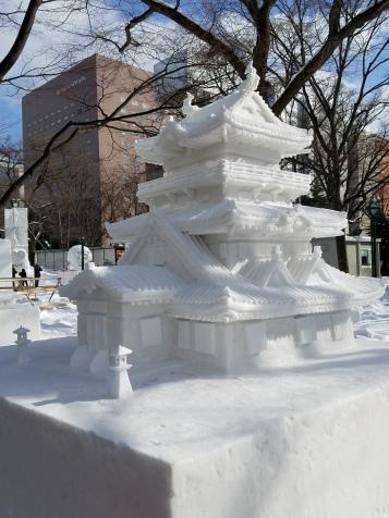 Amateur Snow Sculpture - Two Second Street - www.twosecondstreet.com